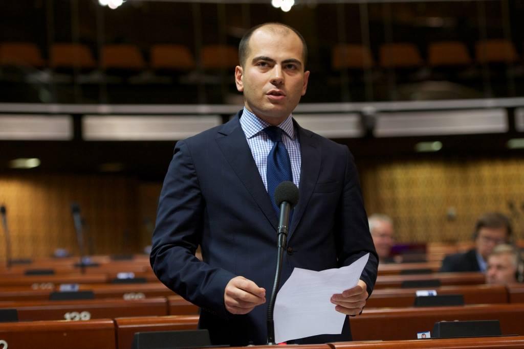 საპარლამენტო ოპოზიცია საფრანგეთში განხორციელებულ ტერორისტულ აქტს გმობს და ფრანგ ხალხს სოლიდარობას უცხადებს