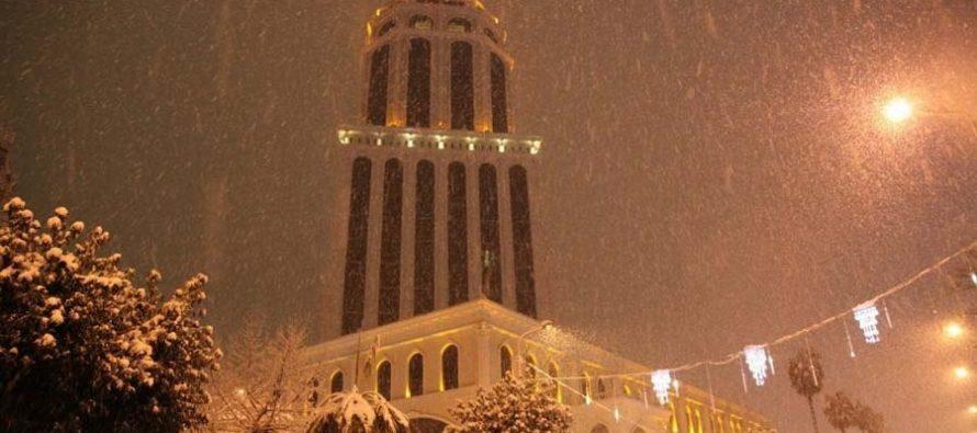 აჭარაში მოსულმა თოვლმა ელექტროენერგიის მიწოდებას პრობლემები შეუქმნა