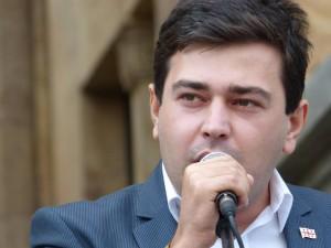 პოლიტიკური გაერთიანება ,,რეფორმატორები''-ს ლიდერი ირაკლი ღლონტი საზოგადოებას მიმართავს