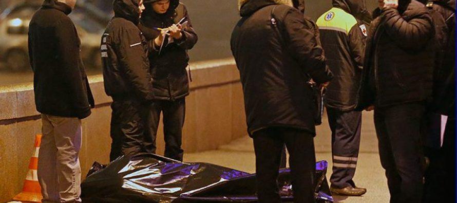 """რუსი პოლიტიკოსის ბორის ნემცოვის მკვლელობის საქმეზე პოლიცია თეთრი ფერის """"Ford Focus""""-ის ან """"Ford Mondeo""""-ს მარკის ავტომანქანას ეძებს"""
