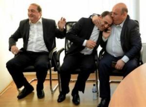 ორი მინისტრი მოსახსნელად გამზადებულია?