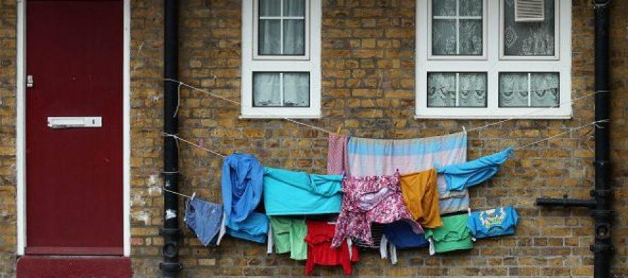 """""""დამამცირებელი სიღარიბე, რომელიც ბავშვის თვითდაჯერებულობას ანგრევს""""  – ბრიტანელი პედაგოგების მსჯელობის საგანი"""