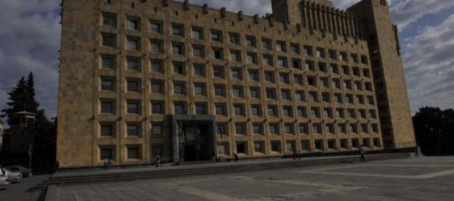 აბაშიძე-კარასინის შეხვედრის შესახებ მთავრობის ადმინისტრაცია ინფორმაციას აქვეყნებს