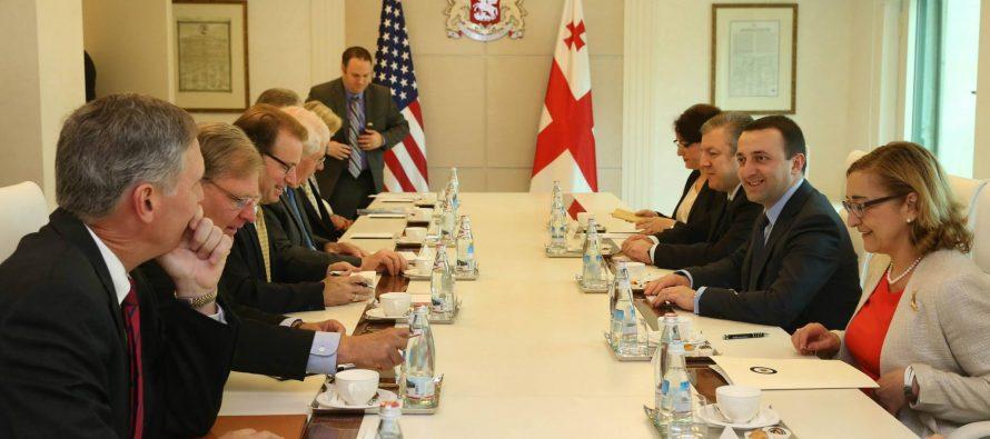 პრემიერ-მინისტრი ამერიკელ კონგრესმენებს შეხვდა