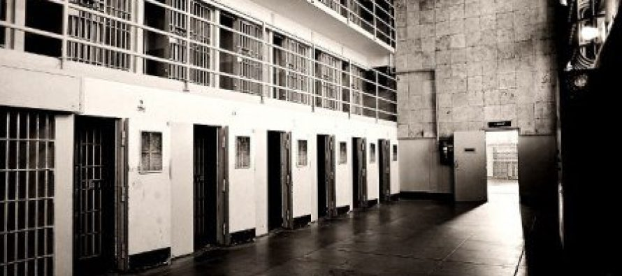 სკანდალური ინტერვიუ- ქალთა კოლონიის ყოფილი თანამშრომელი ამბობს, რომ ზაუტაშვილი ბესელიას და კობახიძეს ღამით ციხეში ხვდებოდა