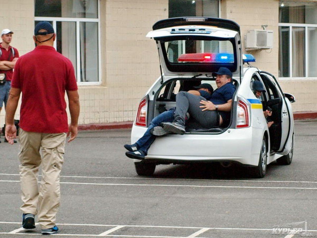 მიხეილ სააკაშვილი უკრაინის საპატრულო პოლიციის წვრთნებს დაესწრო