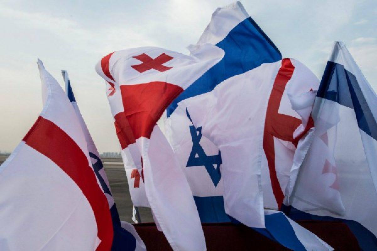 პირველი ლედის ემოციური ფოტოები ისრაელიდან (ფოტოკოლაჟი)