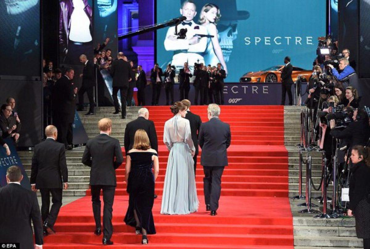 ჯეიმს ბონდის მსოფლიო პრემიერაზე