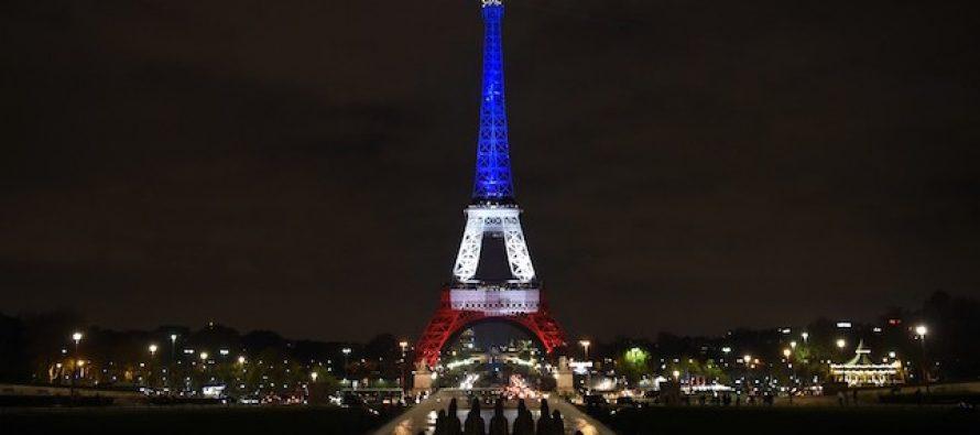 საფრანგეთის სიმბოლო ისევ განათდა (ფოტო)