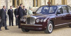 ინგლისი დედოფალი - ელისაბედ II Bentley Limuzin