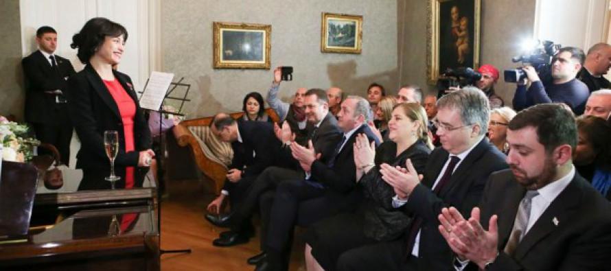 პრეზიდენტი იტალიის ელჩის რეზიდენციაში გამართულ მიღებას დაესწრო