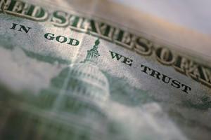 შესაძლოა დოლარიდან ამოიღონ ფრაზა In God We Trust
