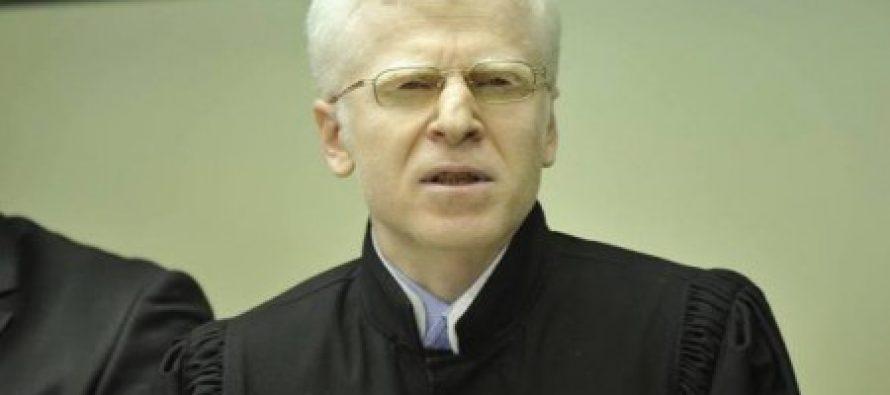 კოჭლამაზაშვილმა სისხლის სამართლის კოდექსის 223′ მუხლით ბრალდებული სამი კანონიერი ქურდის მიმართ გამამართლებელი განაჩენი გამოიტანა