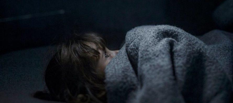 შვედმა ფოტოგრაფმა მსოფლიოს  აჩვენა სად ძინავთ სირიელ ბავშვებს