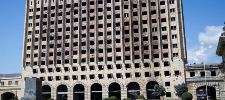 (ვიდეო)სოხუმში მინისტრთა საბჭოს შენობას ძეგლის სტატუსი მიენიჭა