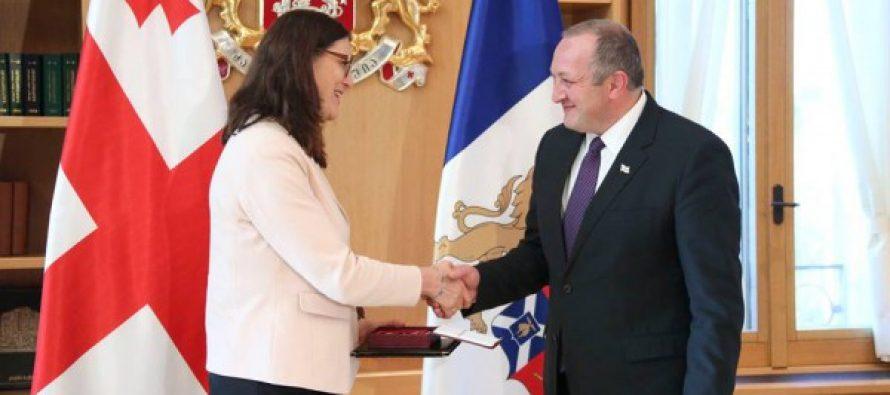 საქართველოს პრეზიდენტმა სესილია მალმსტრომი ღირსების ორდენით დააჯილდოვა