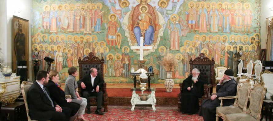 საქართველოს პრეზიდენტი და პირველი ლედი კათოლიკოს-პატრიარქს შეხვდნენ