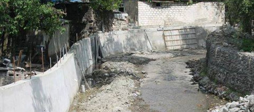 ხაშურის მუნიციპალიტეტში მდინარეების ნაპირასამაგრი სამუშოები დაიწყო
