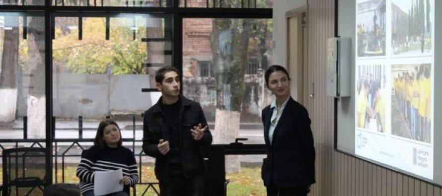 დანაშაულის პრევენციის ცენტრის ახალგაზრდული პროგრამები ონის იუსტიციის სახლში დაიწყო