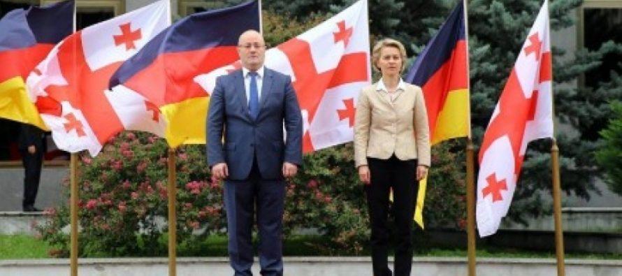 საქართველოს გერმანიის თავდაცვის მინისტრი სტუმრობს