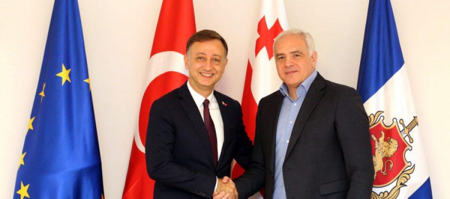 შს მინისტრმა თურქეთის ელჩთან გამოსამშვიდობებელი შეხვედრა გამართა