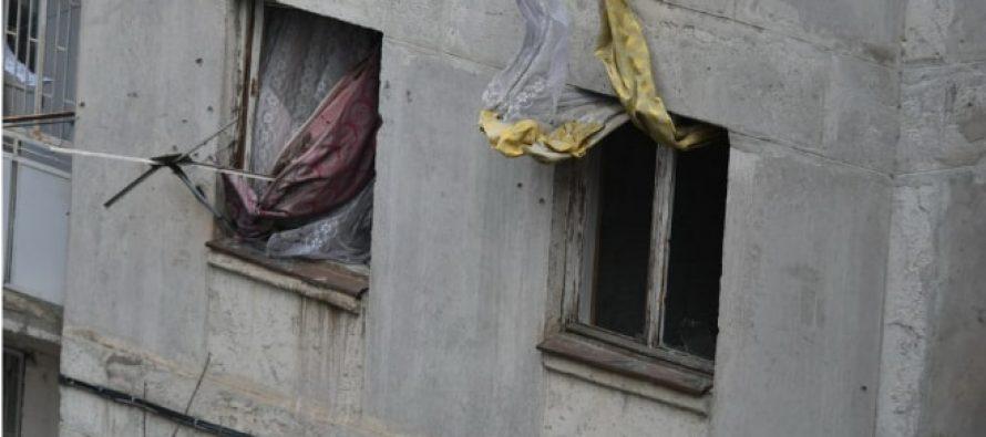 მერი ხანგოშვილი აცხადებს, რომ გაბრიელ სალოსის ქუჩაზე ბინა მასზეა გაფორმებული, თუმცა მისი მეპატრონე თინა გაურგაშვილია