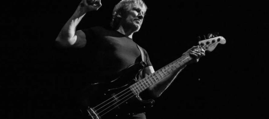 """Pink Floyd-ის როჯერ უოტერსი სირიული """"თეთრი ჩაფხუტების"""" წინააღმდეგ გამოვიდა ბარსელონაში (ვიდეო)"""