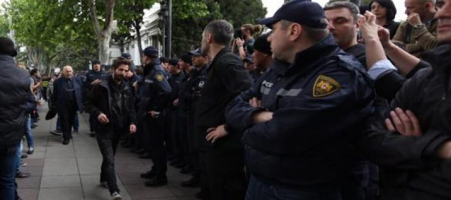 სამართალდამცველებმა აქციაზე ნეონაცისტური ჯგუფის რამდენიმე წევრი დააკავეს