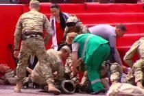 თბილისში, ფიცის დადების ცერემონიის დროს რამდენიმე ჯარისკაცმა გონება დაკარგა (ვიდეო)