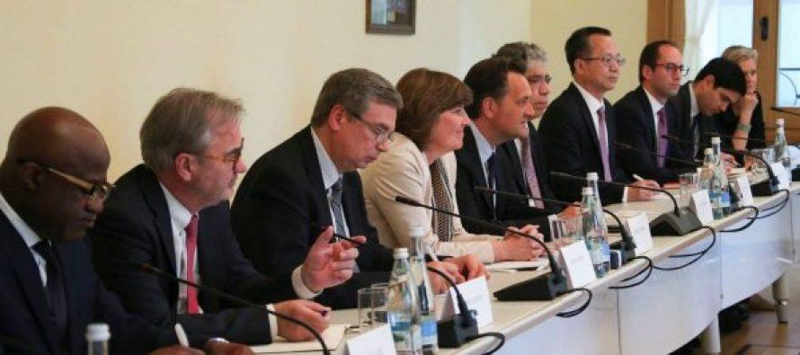 მსოფლიო ბანკიც პარტიის თავმჯდომარის ჭჯუაზე დადის?