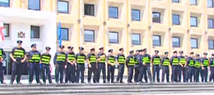 მთავრობის ადმინისტრაციასთან მობილიზებულია პოლიცია