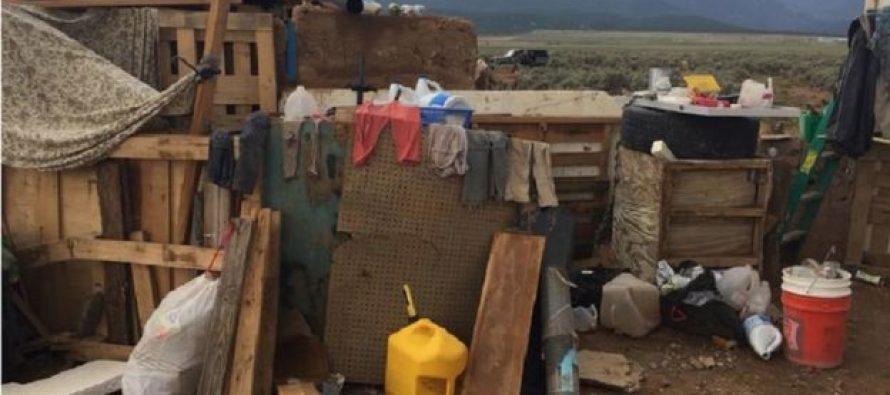 ბანაკი უდაბნოში: ამერიკელ ბავშვებს სკოლებში მასობრივი მკვლელობებისთვის წვრთნიდნენ