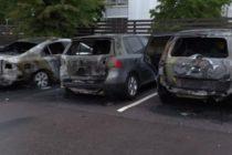 შვედეთში მოზარდების ბანდებმა 80-მდე მანქანა დაწვეს