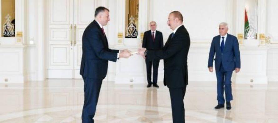 ზურაბ პატარაძემ რწმუნებათა სიგელები გადასცა აზერბაიჯანის რესპუბლიკის პრეზიდენტს
