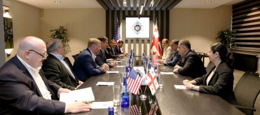 სახელმწიფო უსაფრთხოების სამსახურის უფროსის მოადგილეები აშშ-ის კონგრესმენთა დელეგაციას შეხვდნენ