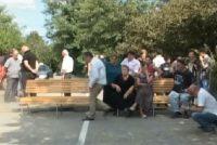მოსახლეობამ ოზურგეთი ლანჩხუთის დამაკავშირებელი ცენტრალური ავტომაგისტრალი გადაკეტა