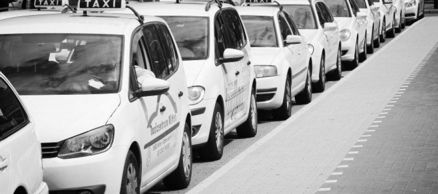 ლიცენზიის მქონე ტაქსის მძღოლები ავტომობილებს თეთრად უფასოდ შეღებავენ