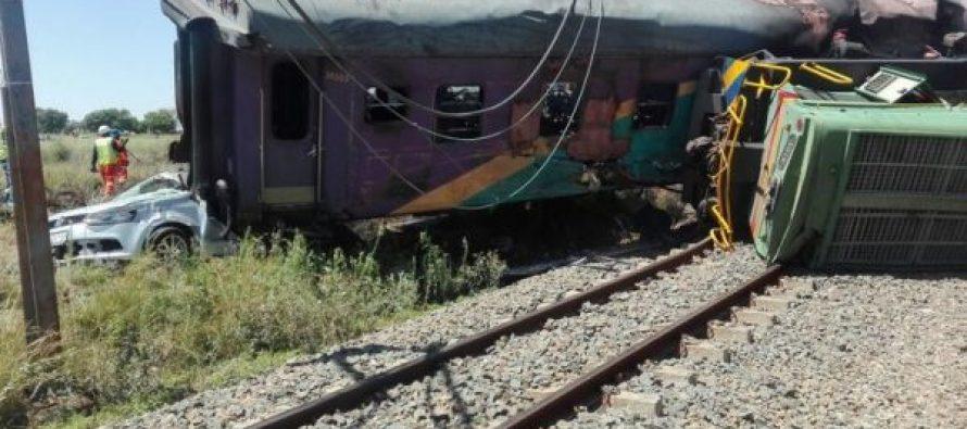 სამხრეთ აფრიკის რესპუბლიკაში მატარებლების შეჯახებისას 604 ადამიანი დაშავდა (ვიდეო)
