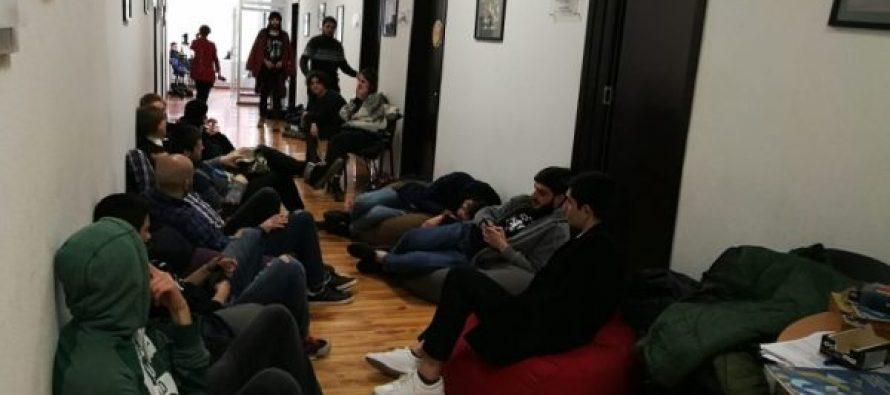 ილიას სახელმწიფო უნივერსიტეტის სტუდენტებმა შიმშილობა შეწყვიტეს