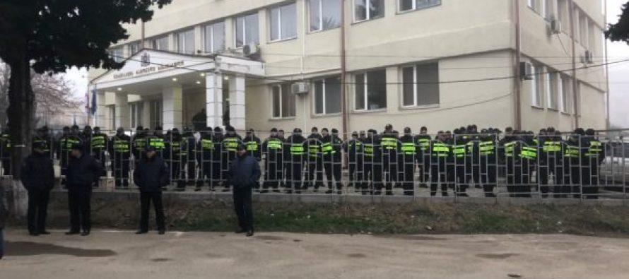 კირკიტაძის სასამართლო – გურჯაანში დიდი რაოდენობით პოლიციაა მობილიზებული