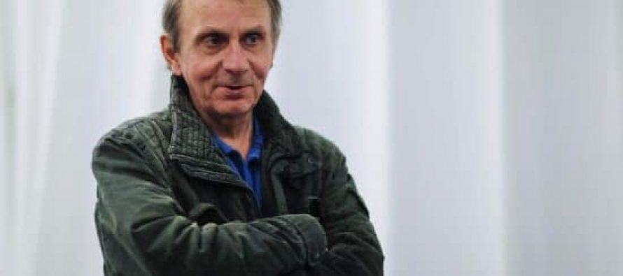 ემანუელ მაკრონმა მიშელ უელბეკი ღირსების ორდენით დააჯილდოვა