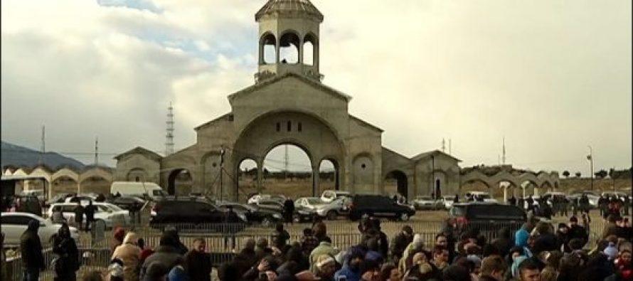 პატრიარქმა მახათას მთაზე ივერიის ყოვლადწმინდა ღვთისმშობლის ხატის სახელობის ტაძარი აკურთხა