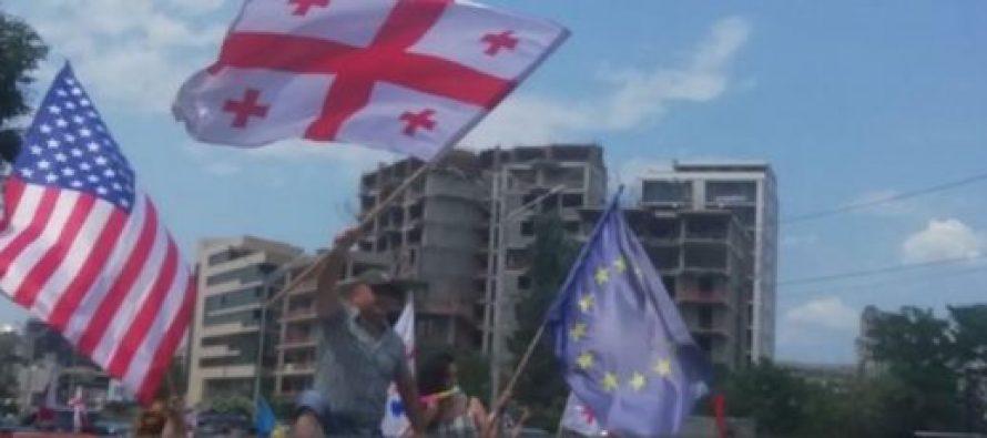 """""""ბრძოლა მიმდინარეობს რუსეთის იმპერიასა და თავისუფლება საქართველოს შორის"""" – აქციას სამეგრელოდანაც უერთდებიან"""