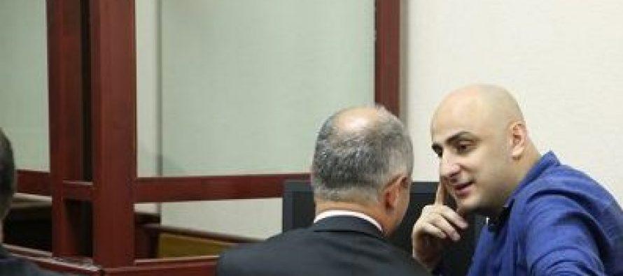 ჩინჩალაძე-მურუსიძეს დაურტყი ჩაქუჩი – ამ მიმართვის შემდეგ, მოსამართლემ ნიკა მელია დარბაზიდან გააძევა
