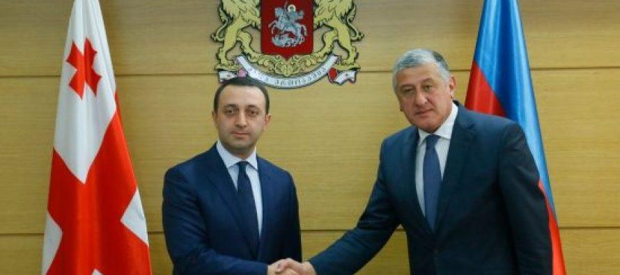თავდაცვის მინისტრი საქართველოში აზერბაიჯანის ელჩს შეხვდა