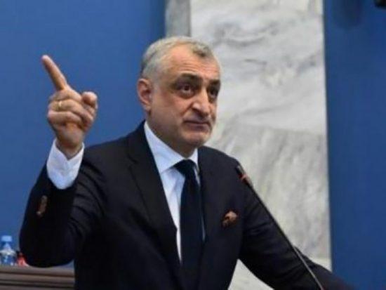 """ხაზარაძე – """"ქართულმა ოცნებამ"""" ჩვენი ქვეყანა გააღატაკა, გააღარიბა, ინვესტორები გაყარა"""