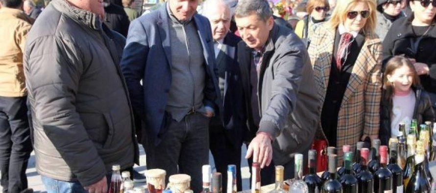 ზუგდიდში კოლხური ღვინის ფესტივალზე აფხაზეთის კუთხე მოეწყო