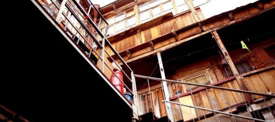 თოიძის N14-ში საცხოვრებელი სახლის გამაგრების სამუშაოები მიმდინარეობს