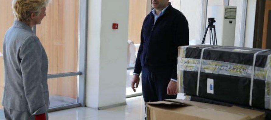 გაეროს განვითარების პროგრამის ხელმძღვანელმა რუხის საავადმყოფოს რესპირატორები გადასცა