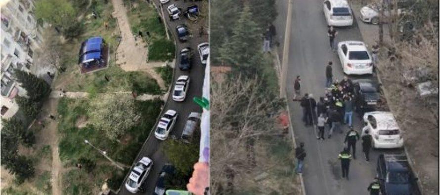 ვარკეთილში საგანგებო მდგომარეობის შეზღუდვების დარღვევისა და პოლიციელებისადმი წინააღმდეგობის გაწევისთვის ექვსი პირი დააკავეს
